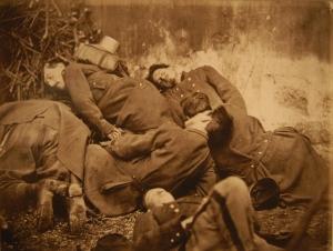 Cadavres_Soldats_Federes_Commune_Paris_1871
